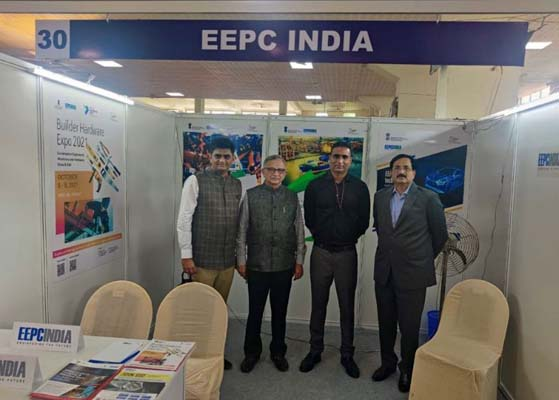 Mr. Dhiraj R. Shah, Chairman, Mr. Bhadresh Dodhia, Vice Chairman and Mr S Balaraju, Executive Director all from the Synthetic & Rayon Textiles Export Promotion Council (SRTEPC) visits EEPC India display desk in Vanijya Mahotsav at Daman. Mr. Varun Kumar Chulate, Assistant Director, EEPC India (WR) (2nd from right) is also present.